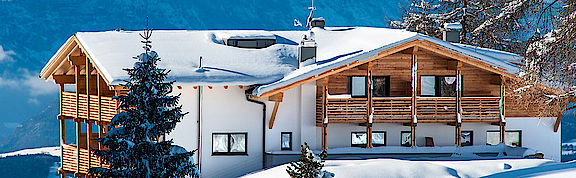 The Chalet Dolomites is located on the ski slope and in the Alpe di Siusi skiing carousel